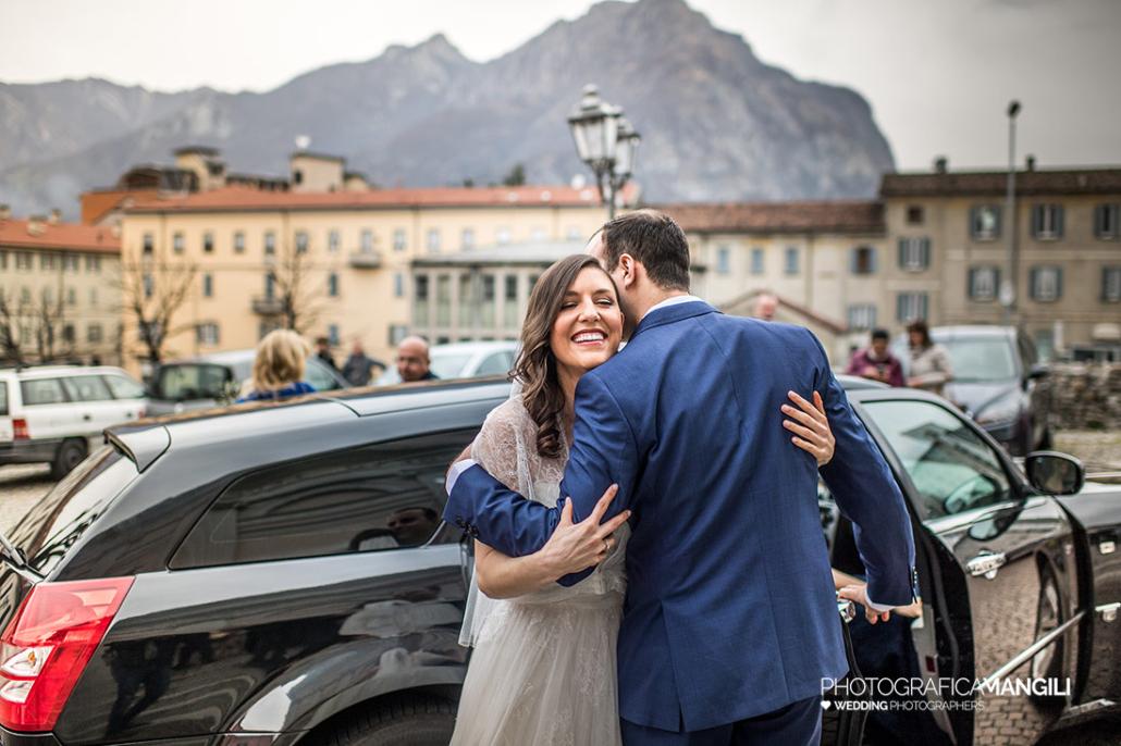 07 arrivo sposa chiesa fotografo matrimoni lecco copia