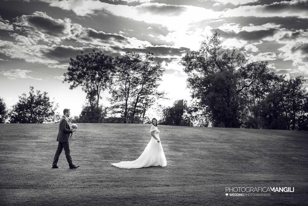 035 fotografo matrimonio reportage wedding ritratto bianco nero sposi villa repui besozzo varese