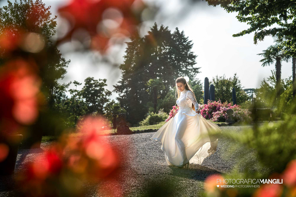 041 fotografo matrimonio reportage wedding sposi giardino villa esengrini montalbano varese