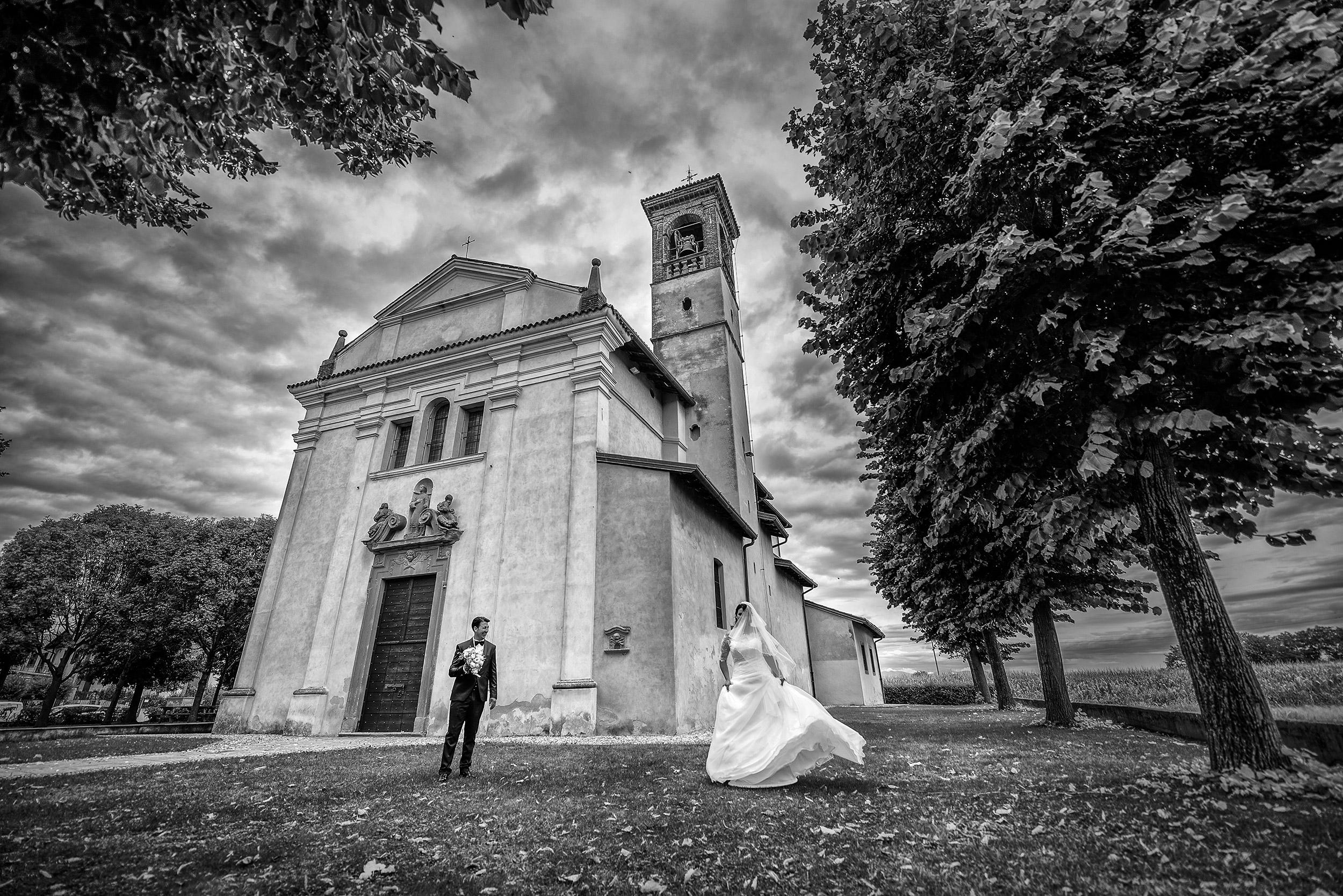 000 reportage sposi cerimonia foto uscita chiesa san lorenzo matrimonio wedding suisio bergamo copia 1