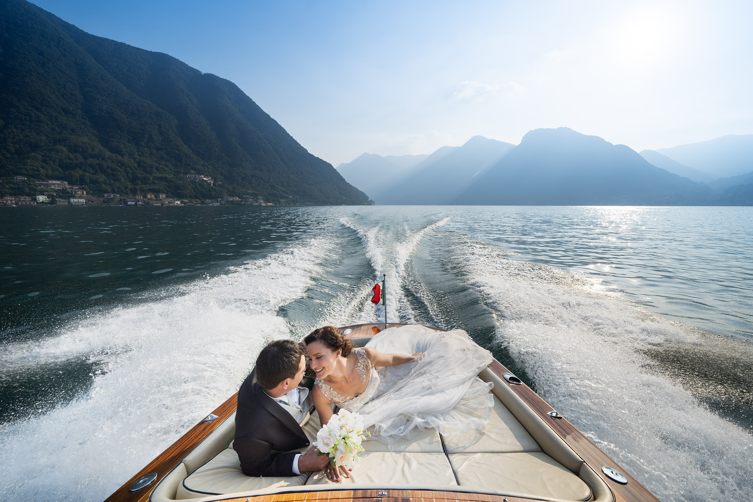 000 reportage sposi foto matrimonio wedding barca lago como 1