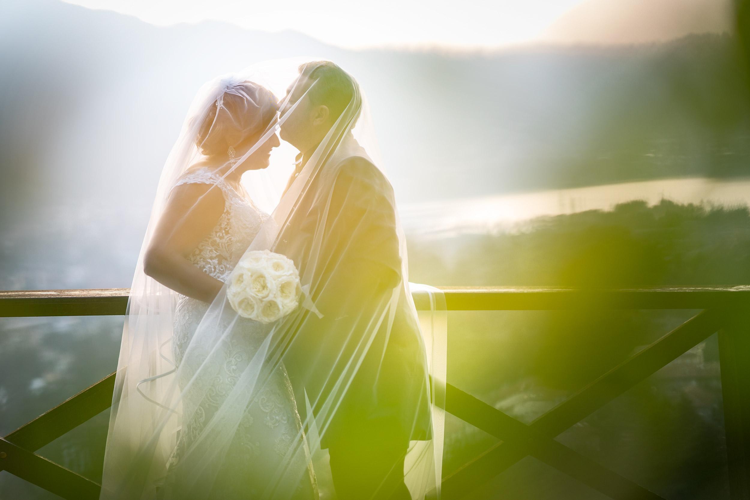 000 reportage sposi foto panorama lago como matrimonio wedding castello rossino lecco copia 1