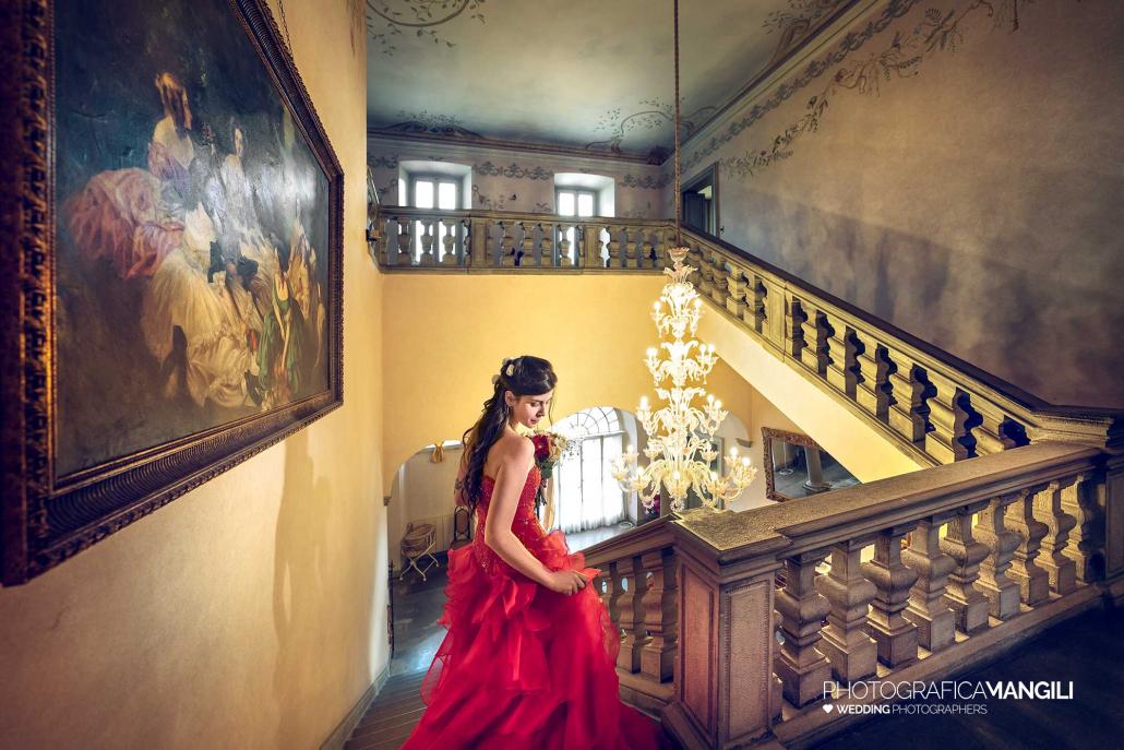 001 fotografo matrimonio reportage wedding interni scala sposa villa malliana bergamo
