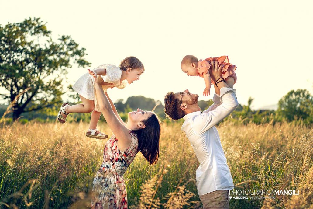 03 fotografo foto ritratti famiglia scatti reportage bambini natura tramonto sorrisi