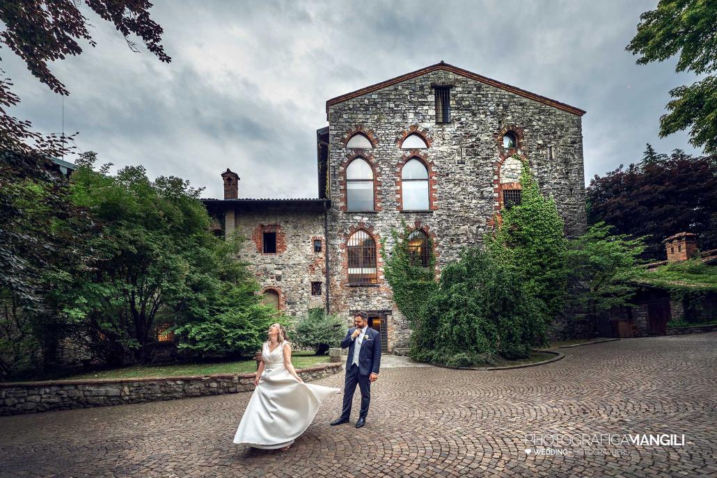 000 fotografo matrimonio reportage wedding ritratto sposi castello di pomerio erba como
