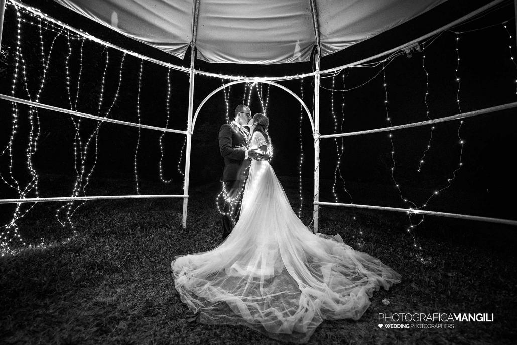 000 fotografo matrimonio reportage wedding sposi bacio castello cernusco lombardone lecco