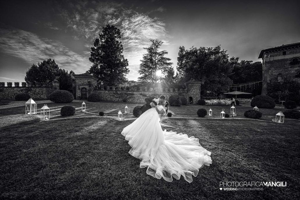 000 reportage foto matrimonio wedding ritratto sposi casquet bianco nero castello di marne filago bergamo